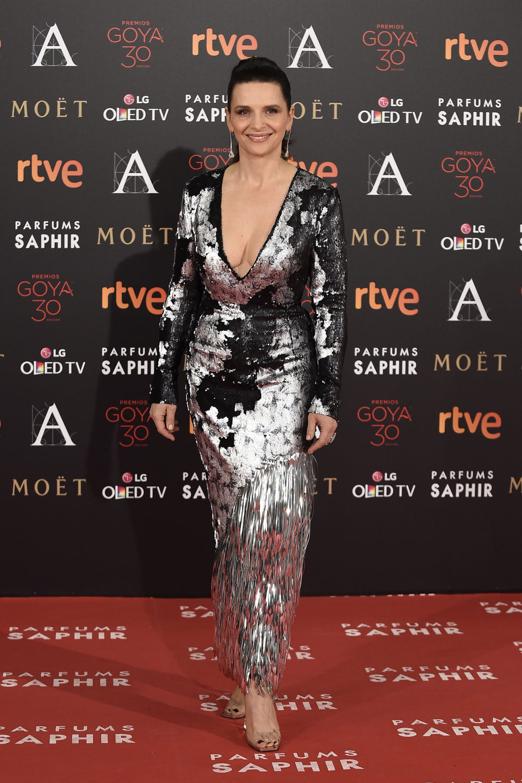 Juliette Binoche alfombra roja gala goya 2016