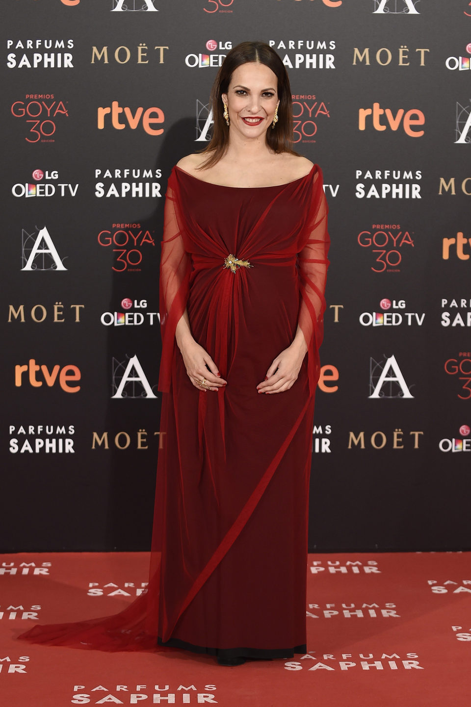 paula ortiz alfombra roja gala goya 2016